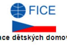 Lesy ČR pomáhají: vánoční stromky pro děti vdětských domovech azařízeních