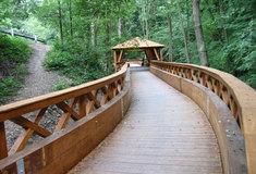 Dřevěná lávka uhradu Veveří patří mezi vítěze vítězů ankety Dřevěná stavba roku 2015