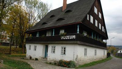 Historií apřírodou Karlovic