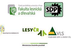Akademici společně slesníky, dřevozpracovateli aochránci přírody zjišťují aktuální informace odomácím dřevozpracovatelském sektoru
