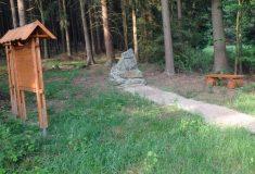Zveme na slavnostní setkání u rekonstruovaného hrobu francouzského důstojníka na Tachovsku