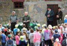 Lesní pedagogika při příležitosti 100. výročí vzniku Československé republiky