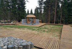 Pietní místo vzniklo na historickém pohřebišti v Krušných horách