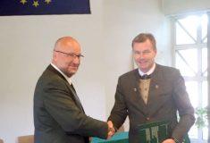 Čeští a slovenští lesníci vyzvali ve společném prohlášení  veřejnost istátní správu kpodpoře