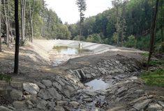 Lesy ČR: I malé vodní nádrže zadrží vodu vkrajině